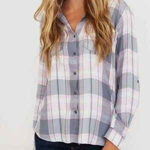 NWT Kut from the Kloth Hannah plaid top.